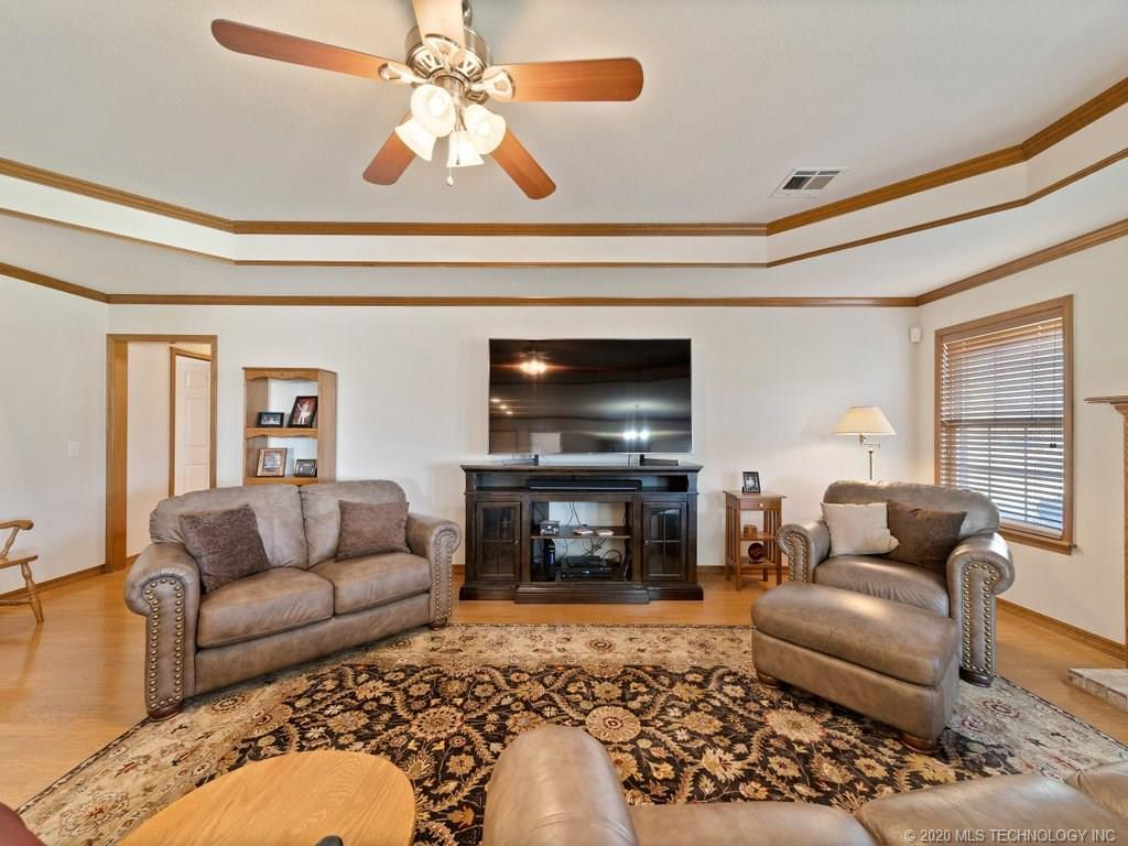 Active | 18227 S Quail Meadow Drive Claremore, OK 74017 8