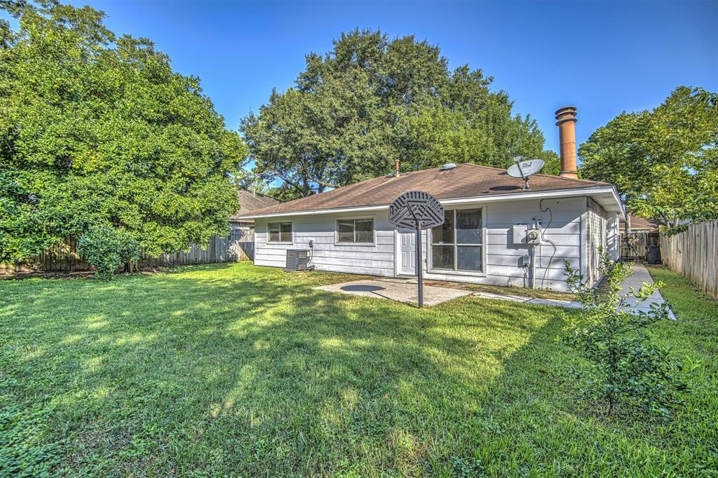 Pending | 7311 Rogue River  Drive Houston, TX 77086 27