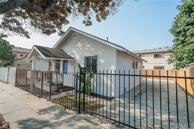 Pending | 3307 W 71st  Street Los Angeles, CA 90043 2