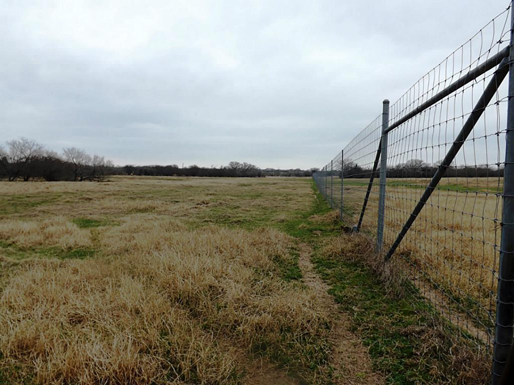 Fantastic High Fence Hunting Property in Waelder | 0 Hwy 90 Waelder, Texas 78959 12