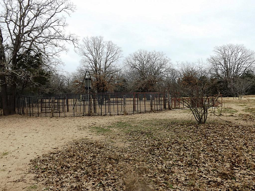 Fantastic High Fence Hunting Property in Waelder | 0 Hwy 90 Waelder, Texas 78959 9