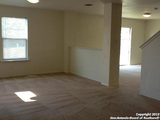 Active/Application Received | 8166 Heights Valley Converse, TX 78109 2