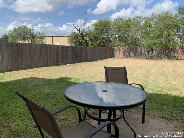 Active/Application Received | 8166 Heights Valley Converse, TX 78109 10