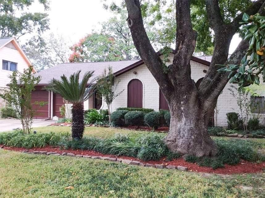 Active | 9238 Kempwood  Drive Houston, TX 77080 1