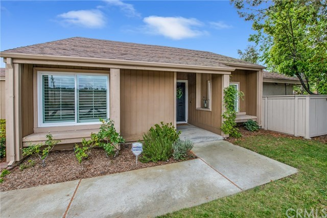 Closed | 2 Sage Hill Lane Laguna Hills, CA 92653 12