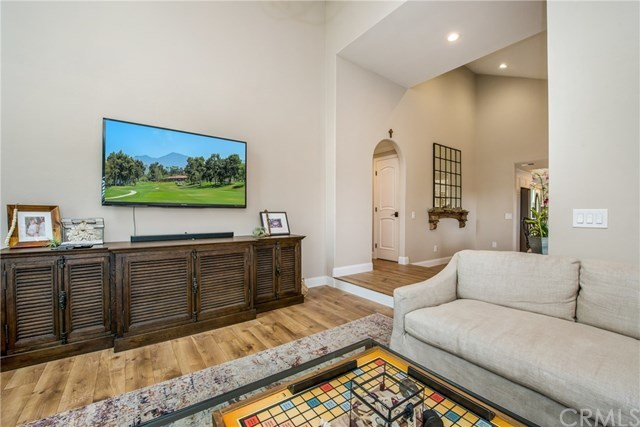Closed | 2 Sage Hill Lane Laguna Hills, CA 92653 14
