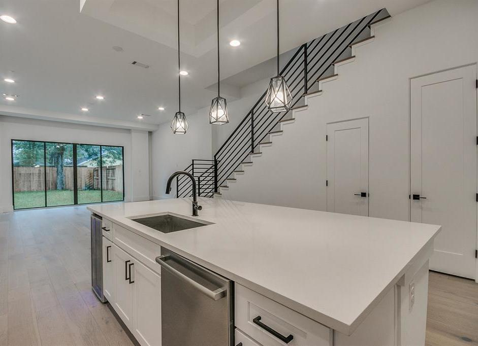 Off Market | 1026 Adele  Houston, Texas 77009 0