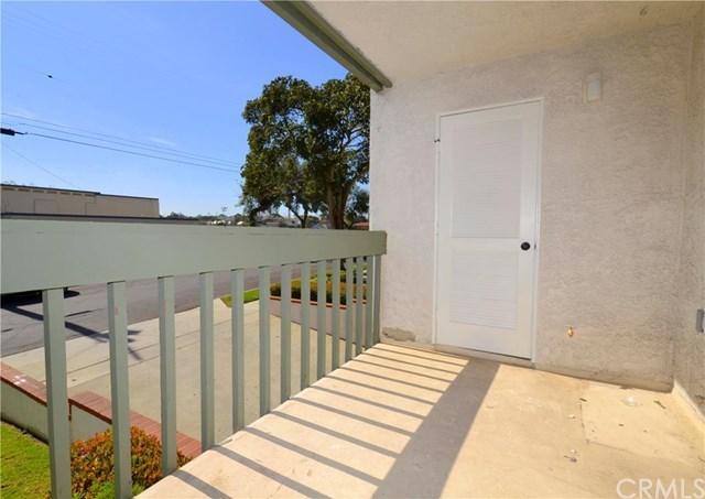 Active | 215 W Palm  Avenue #101 El Segundo, CA 90245 12