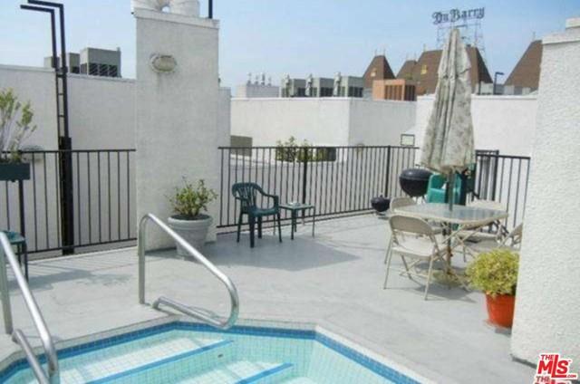 Active | 525 S Berendo  Street #111 Los Angeles, CA 90020 11