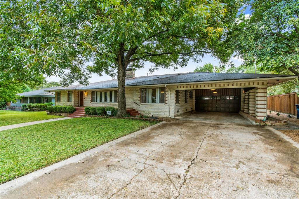 Active | 810 W Greenbriar  Lane Dallas, TX 75208 3