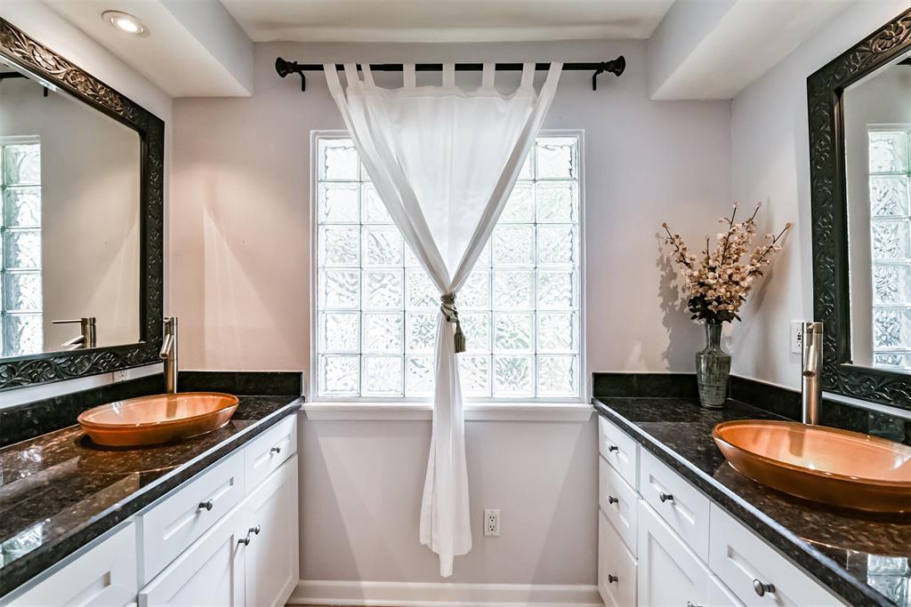 Sold Property | 5647 Rutherglenn Drive Houston, Texas 77096 20