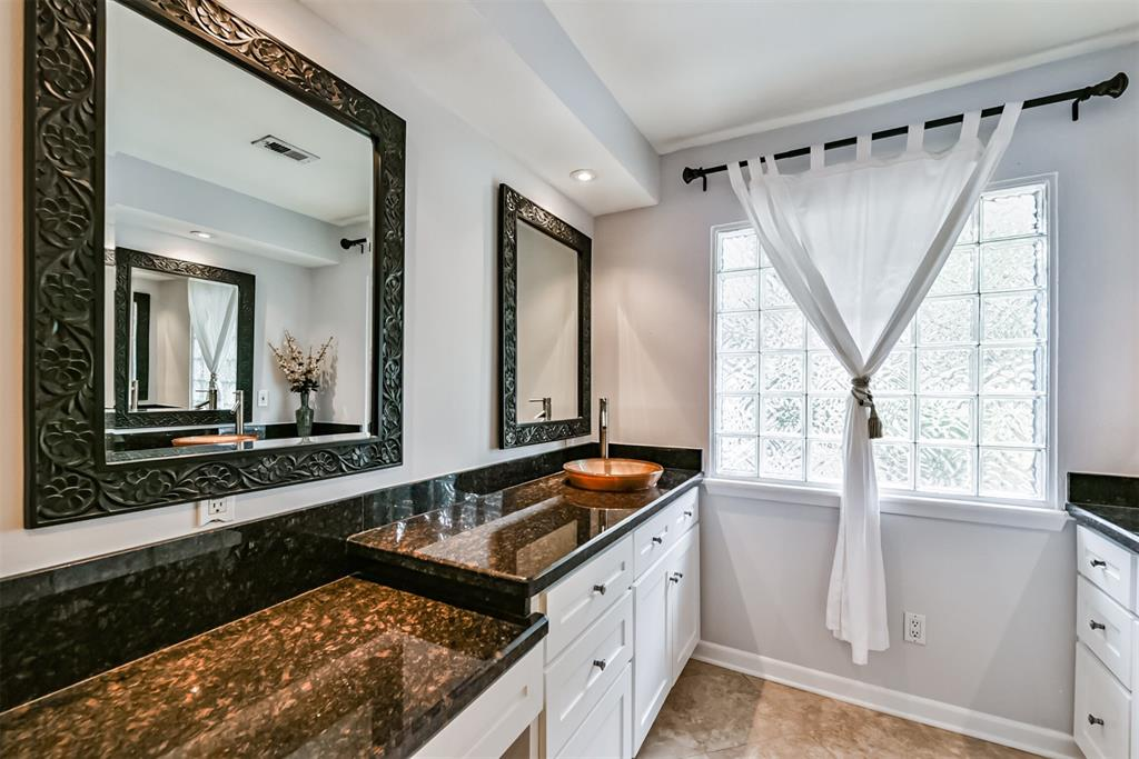Sold Property | 5647 Rutherglenn Drive Houston, Texas 77096 21
