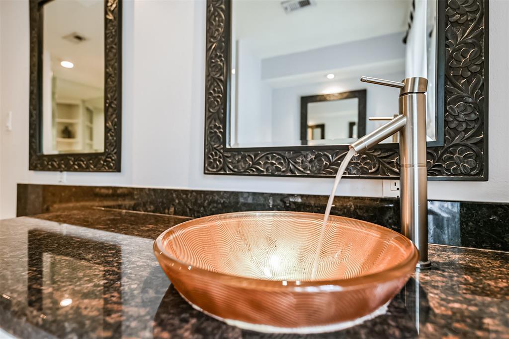 Sold Property | 5647 Rutherglenn Drive Houston, Texas 77096 24
