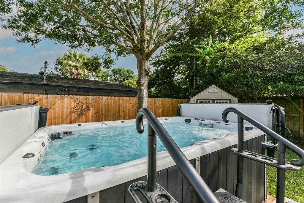 Sold Property | 5647 Rutherglenn Drive Houston, Texas 77096 34