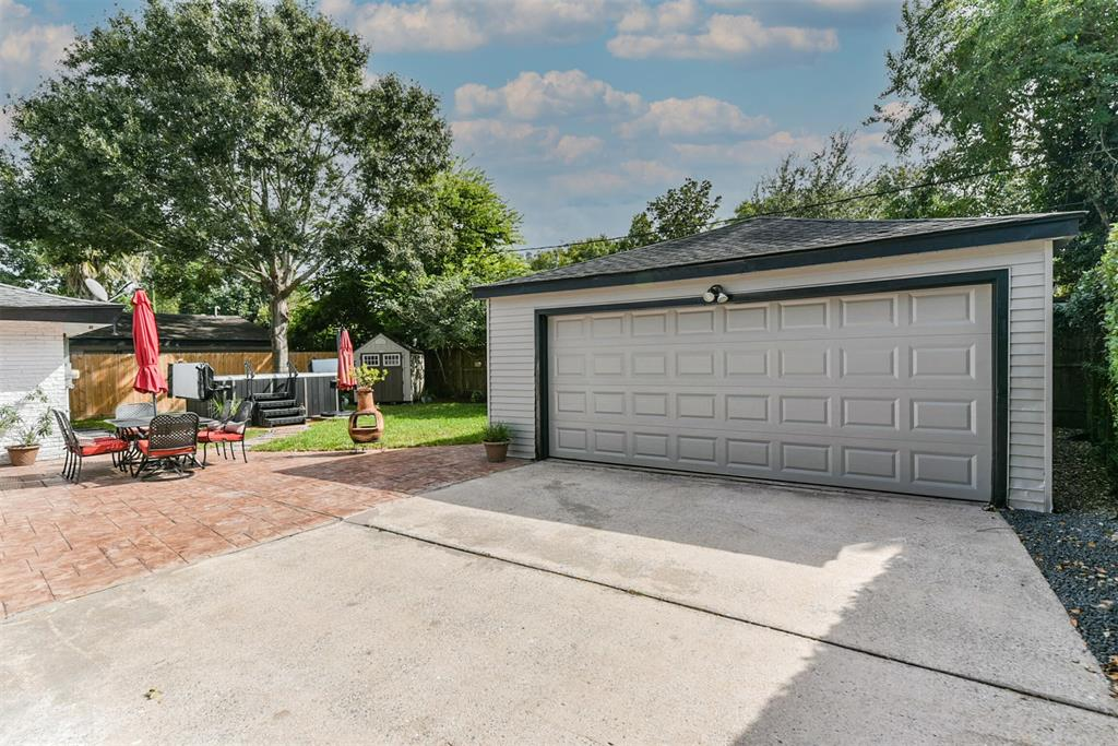 Sold Property | 5647 Rutherglenn Drive Houston, Texas 77096 38