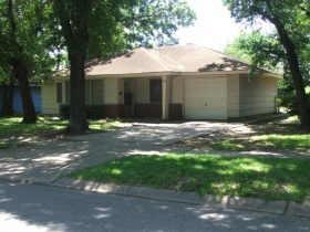 Active | 6822 Crosswell Street Houston, Texas 77087 1