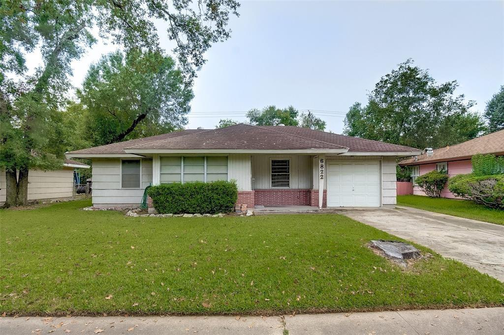 Active | 6822 Crosswell Street Houston, Texas 77087 2