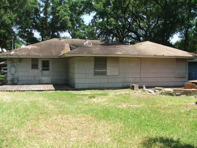 Active | 6822 Crosswell Street Houston, Texas 77087 3
