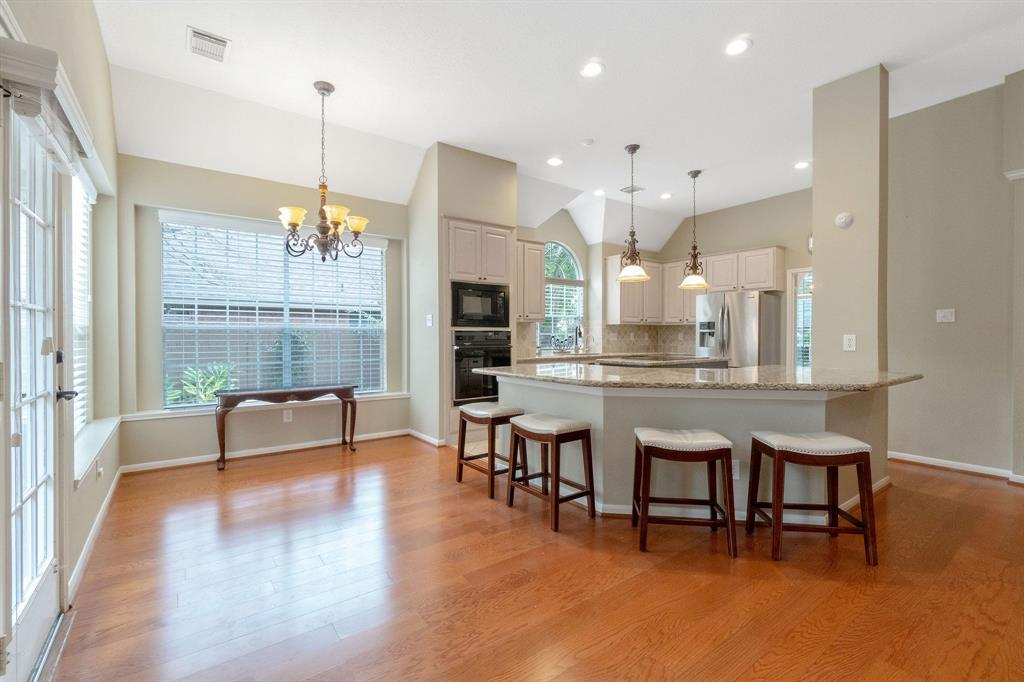 Active | 11 Rolling Stone  Place The Woodlands, TX 77381 11