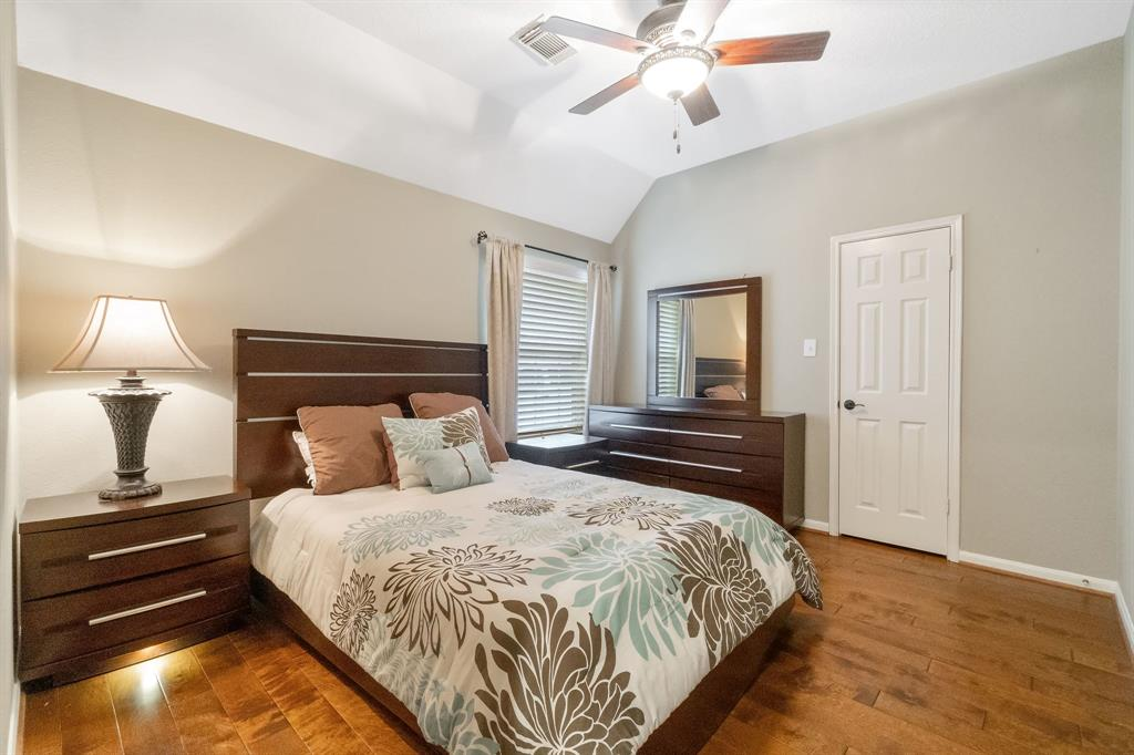 Active | 11 Rolling Stone  Place The Woodlands, TX 77381 24