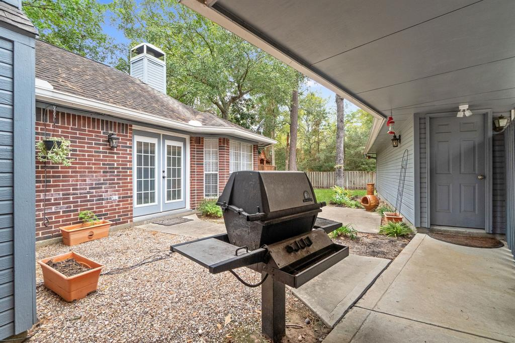 Active | 11 Rolling Stone  Place The Woodlands, TX 77381 27