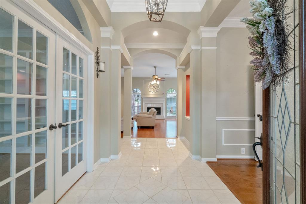 Active | 11 Rolling Stone  Place The Woodlands, TX 77381 3