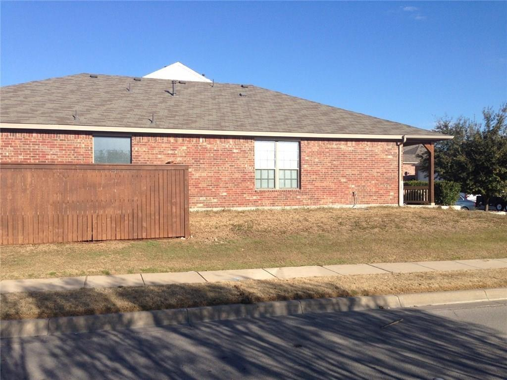 Active Option Contract   5601 Starwood  Court Fort Worth, TX 76137 19