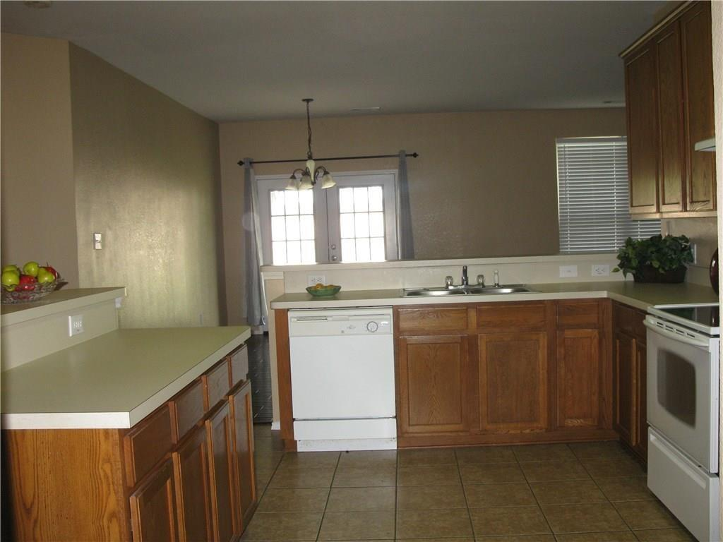 Active Option Contract   5601 Starwood  Court Fort Worth, TX 76137 4