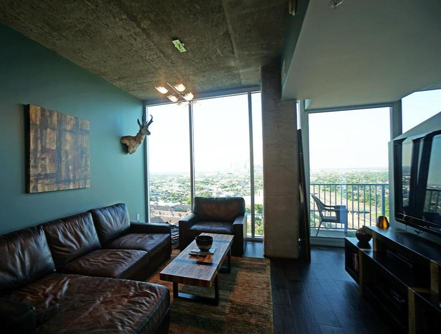 Off Market | 5925 Almeda Road #12509 Houston, Texas 77004 6