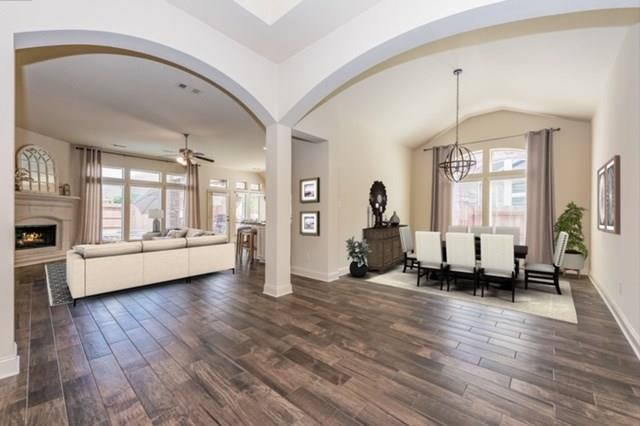 Pending | 2919 Silhouette Bay  Drive Pearland, TX 77584 14