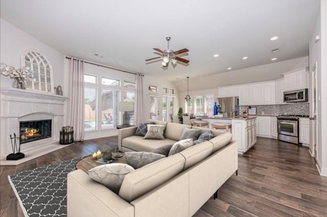 Pending | 2919 Silhouette Bay  Drive Pearland, TX 77584 18