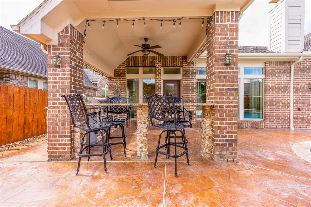 Pending | 2919 Silhouette Bay  Drive Pearland, TX 77584 24