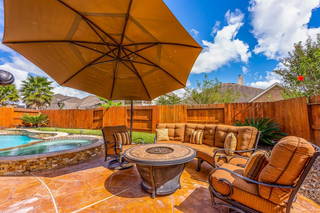 Pending | 2919 Silhouette Bay  Drive Pearland, TX 77584 25