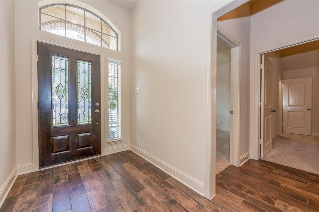 Pending | 2919 Silhouette Bay  Drive Pearland, TX 77584 6