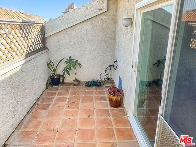 Active | 2219 Curtis  Avenue #C Redondo Beach, CA 90278 5