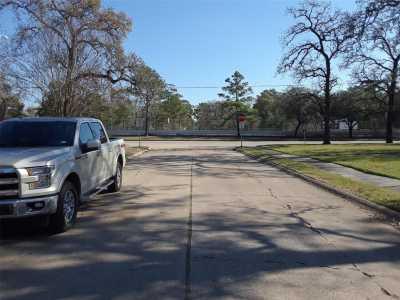 Off Market | 12906 Tosca Lane Houston, Texas 77024 2