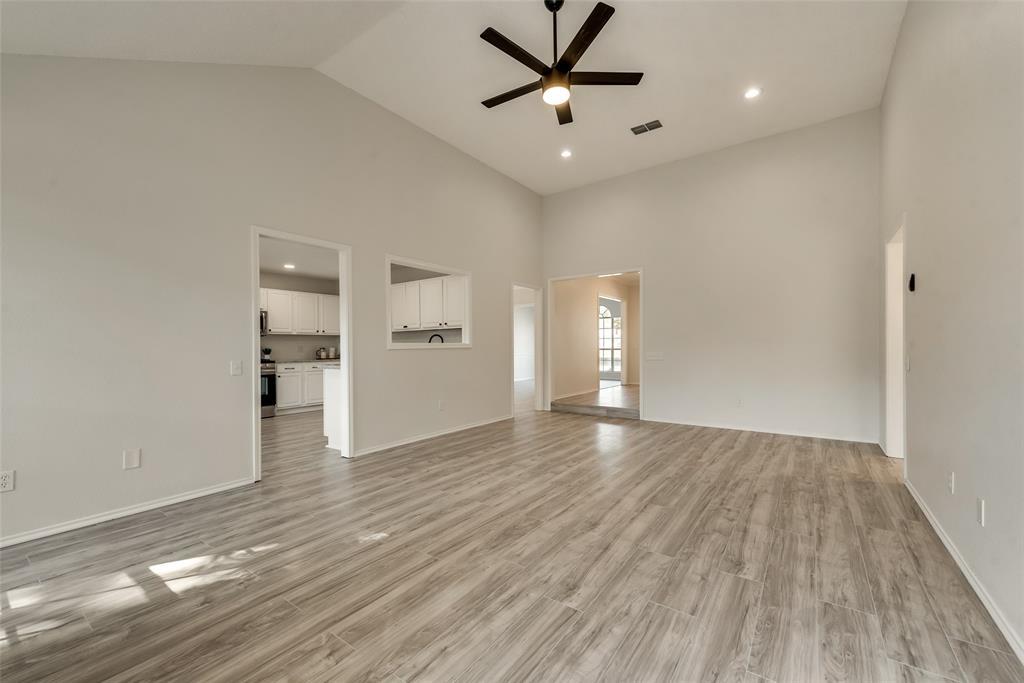 Sold Property | 6218 Castle Creek  Road Arlington, TX 76017 10