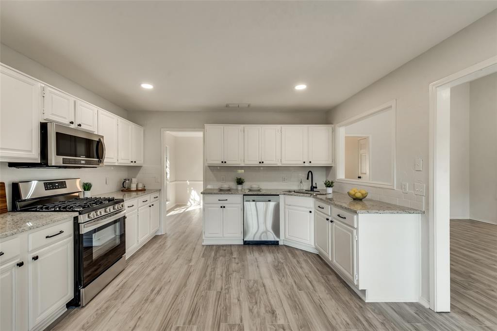 Sold Property | 6218 Castle Creek  Road Arlington, TX 76017 13