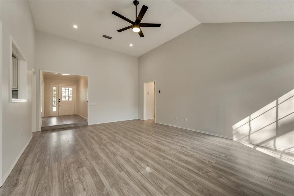 Sold Property | 6218 Castle Creek  Road Arlington, TX 76017 14