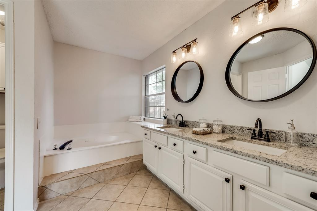 Sold Property | 6218 Castle Creek  Road Arlington, TX 76017 2