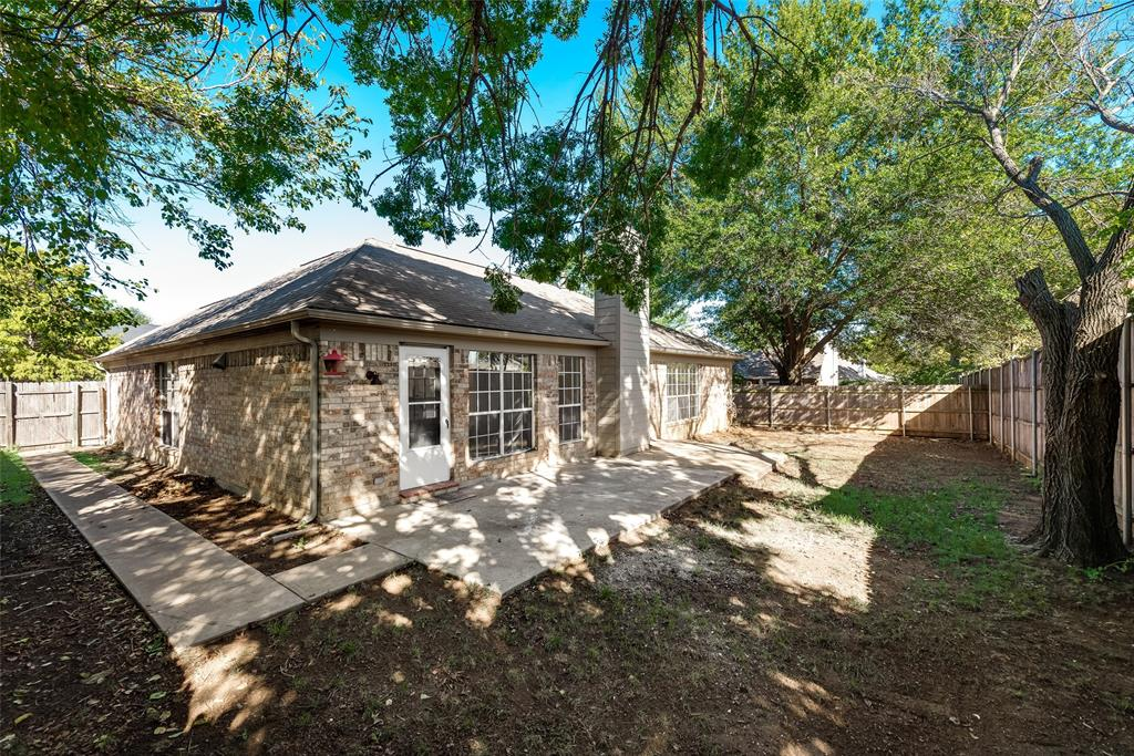 Sold Property | 6218 Castle Creek  Road Arlington, TX 76017 29
