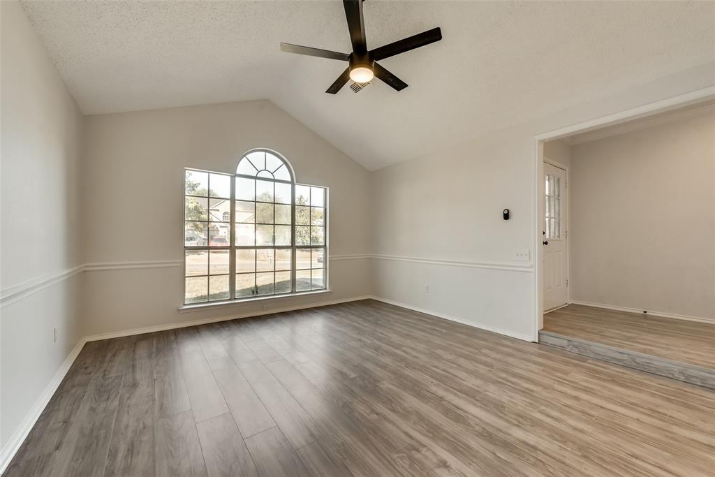 Sold Property | 6218 Castle Creek  Road Arlington, TX 76017 5
