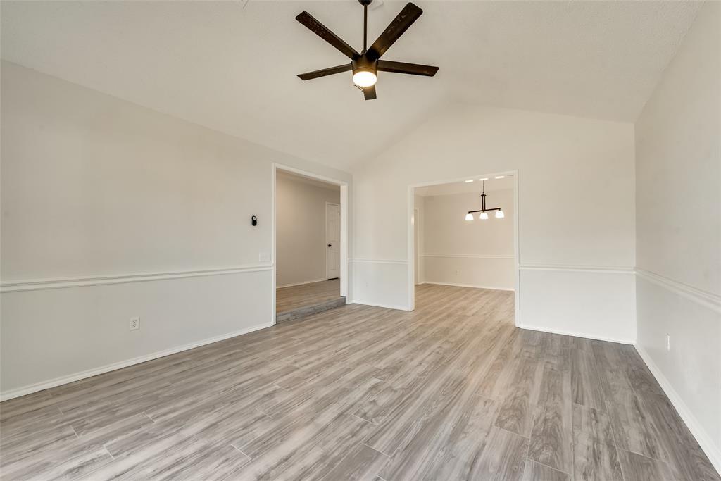 Sold Property | 6218 Castle Creek  Road Arlington, TX 76017 6