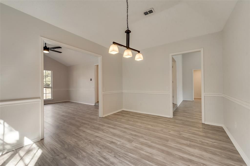 Sold Property | 6218 Castle Creek  Road Arlington, TX 76017 9