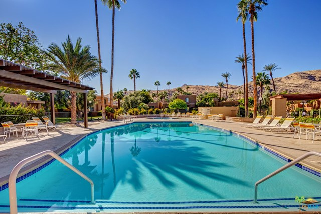 Closed | 4820 N Winners Circle #B Palm Springs, CA 92264 2