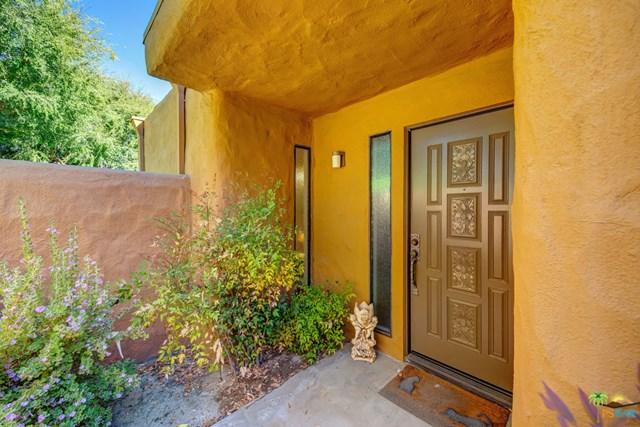 Closed | 4820 N Winners Circle #B Palm Springs, CA 92264 5