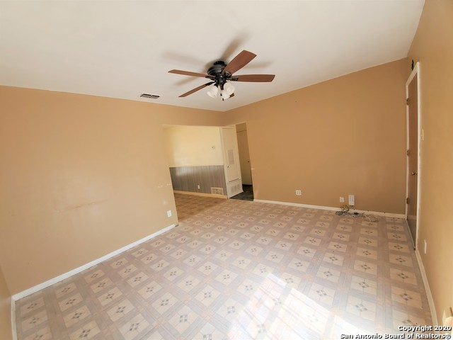 Active Option | 923 CRESTFIELD ST San Antonio, TX 78227 5
