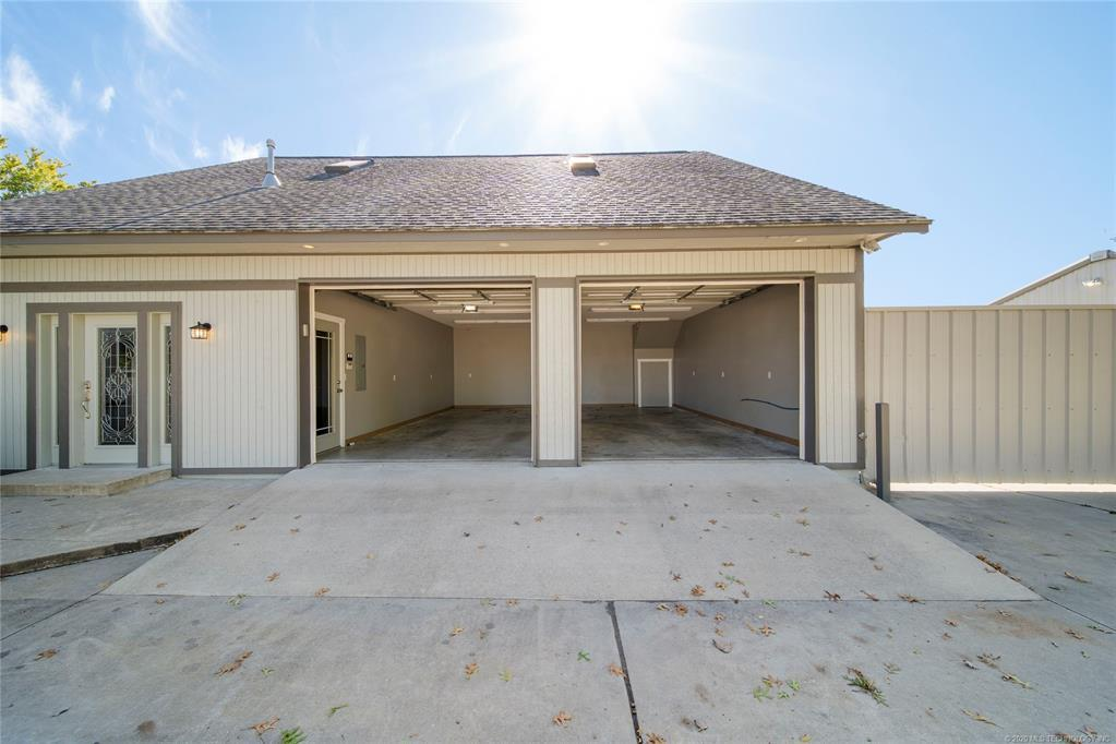 Active | 11416 E Newton Place Tulsa, OK 74116 10