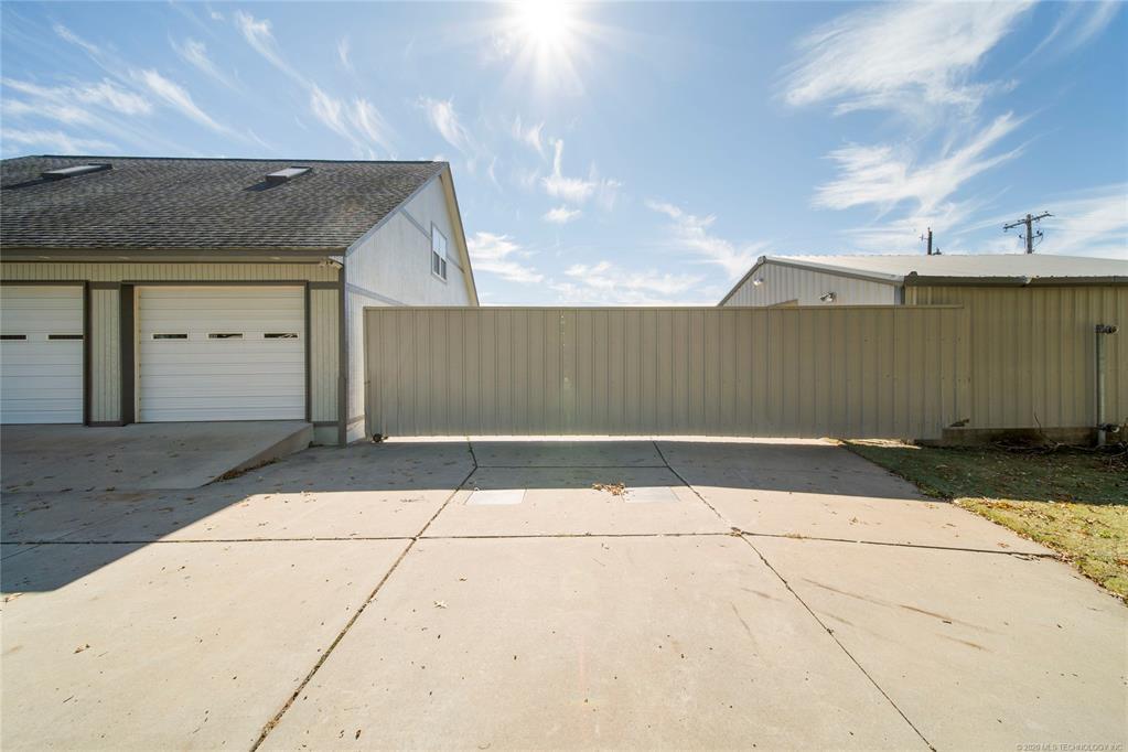 Active | 11416 E Newton Place Tulsa, OK 74116 2