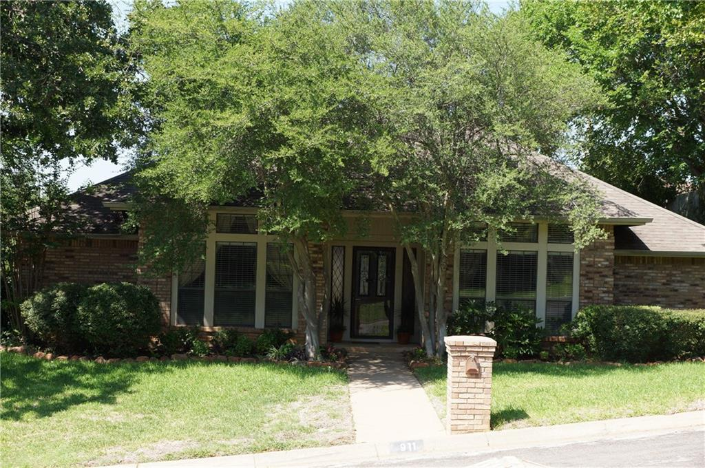 Sold Property | 911 Auburn Court Arlington, Texas 76012 0